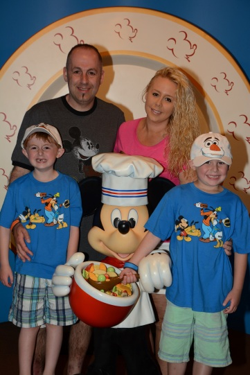 Disney Dining: Chef Mickey's Summer 2015