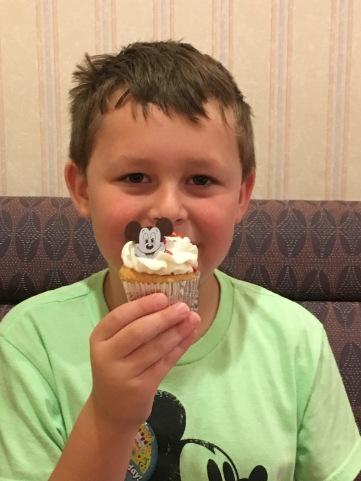 Disney Dining: Celebrating our son's birthday