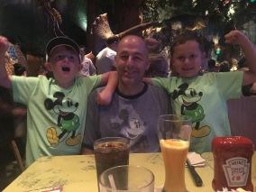Disney Dining: T'Rex Cafe at Disney Springs