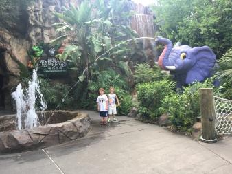 Disney Dining: Rainforest Cafe at Animal Kingdom Park